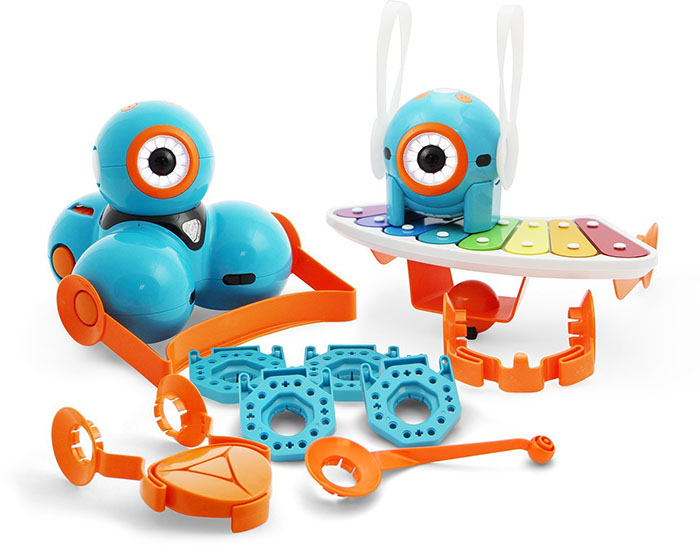 dash and dot robots and accessories